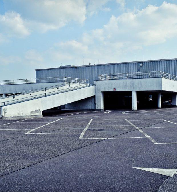Entretien et nettoyage de parking